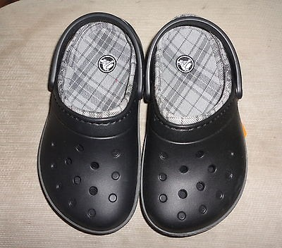 Boys Girls Cobbler Lined Black Plaid Slip On Crocs Shoes Size 1 GIFT