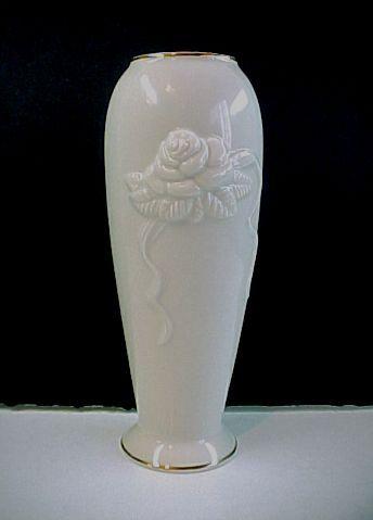 Lenox Rose Blossom Fine China Bud Vase Trimmed In 24 Kt Gold 7 12
