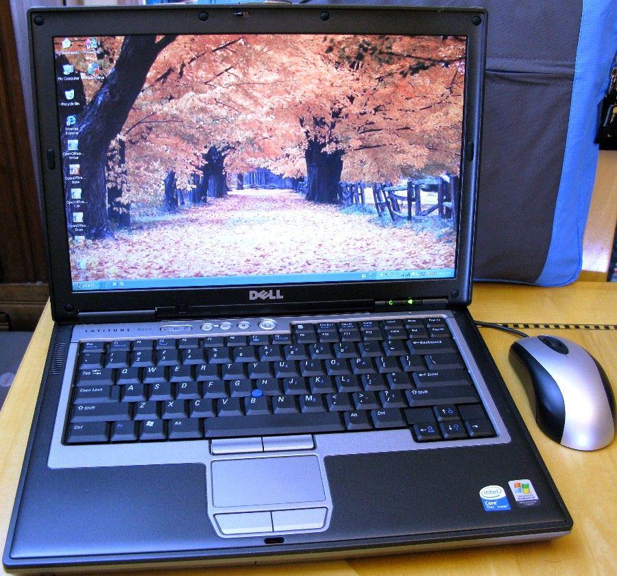 Latitude Laptop 500GB 4GB Dual Core WiFi Wireless 1 DVD RW XP 2