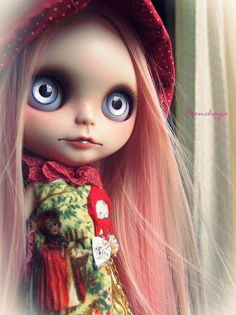 Red Hat Girl OOAK Custom Blythe Doll by Poonchaya 15