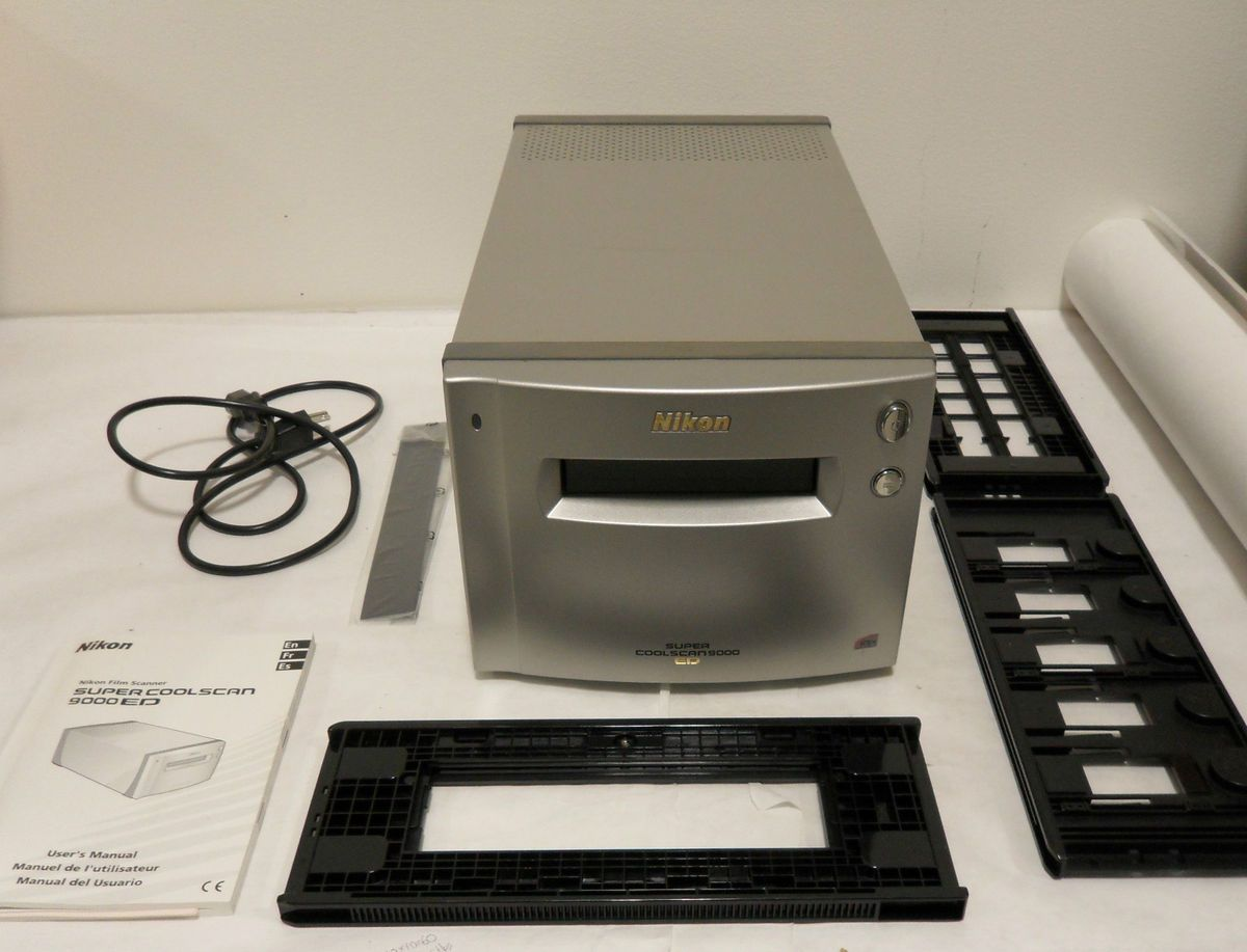 Super CoolScan 9000 ED Amazing Film Slide Scanner w 3 Film Holders