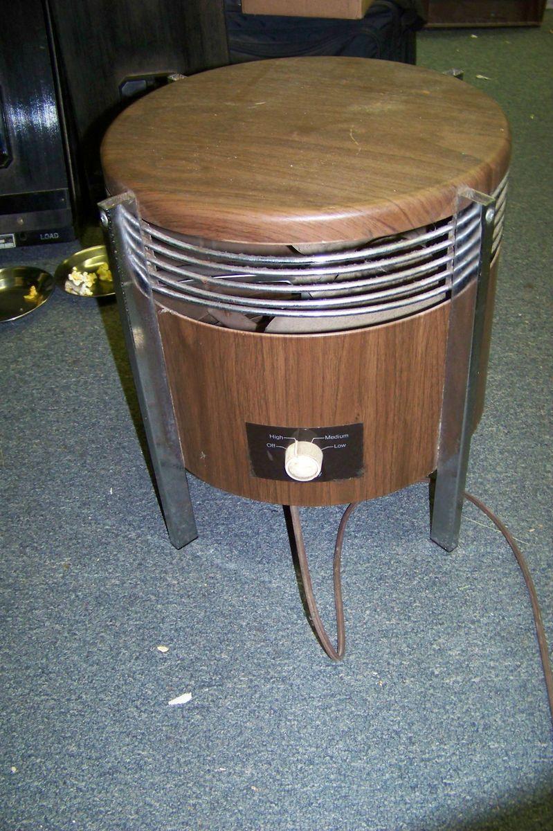 Brown Metal Hassock Floor Model Foot Stool Fan 3 Speed