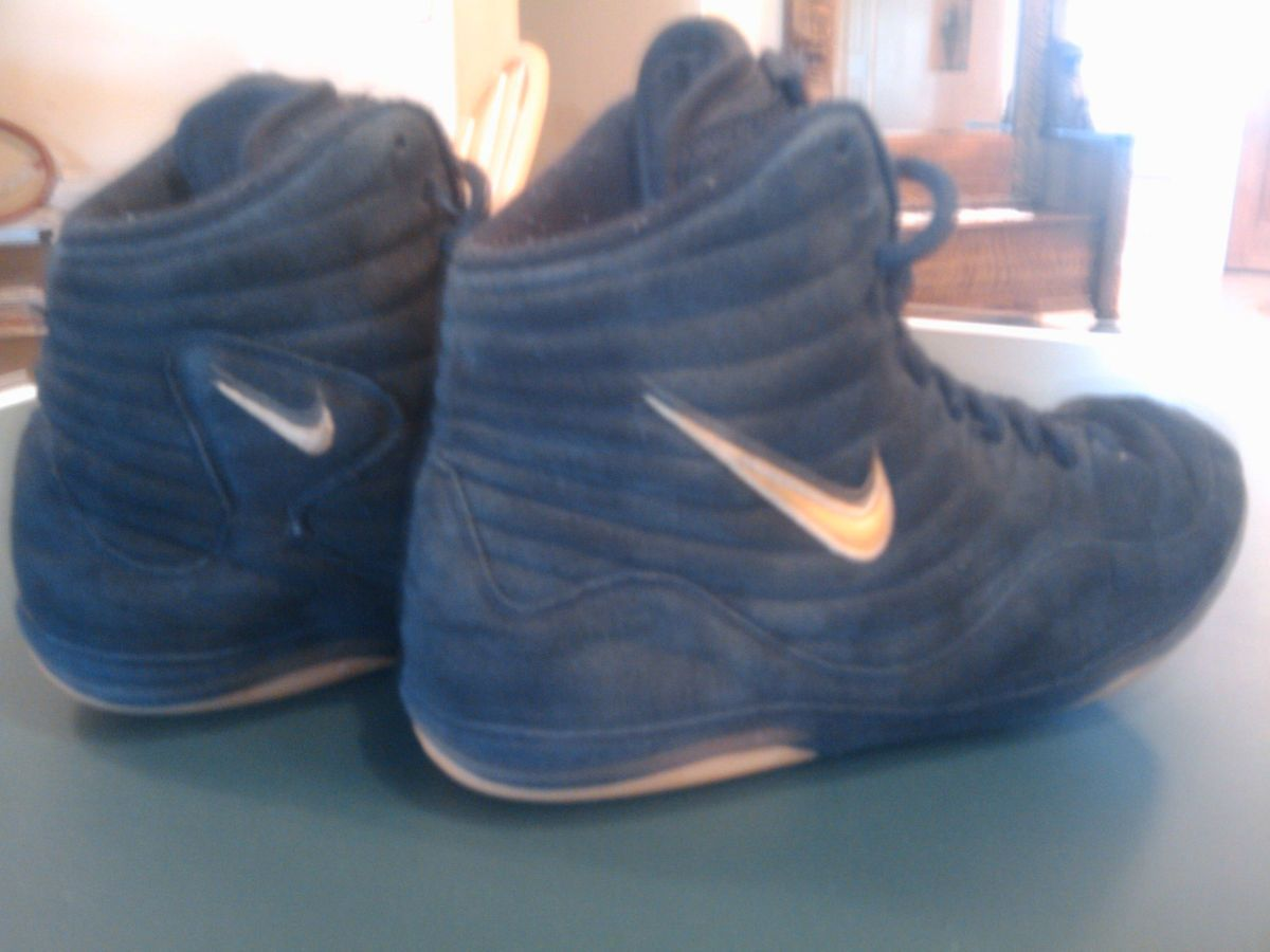 Nike Inflict Reissue wrestling shoes RARE black and gold
