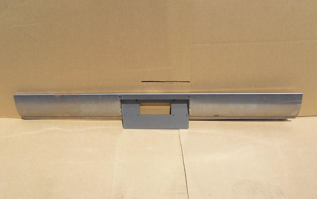 94 Chevy GMC Blazer Jimmy License Plate Box Free Light Shipping